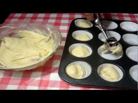 ▶ Receta cup cake basico- como hacer cup cakes #1 - YouTube