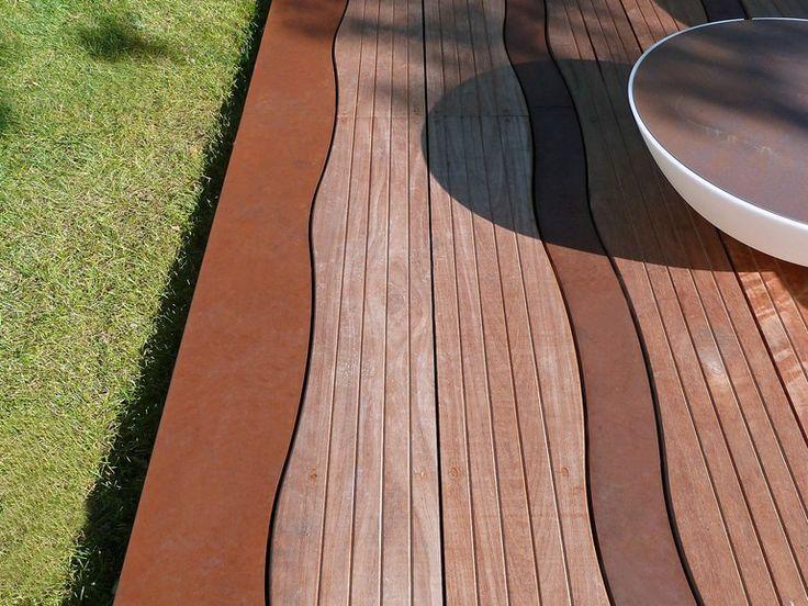 Decking in legno e acciaio Corten™ LAMES ONDULANTES Collezione Les surfaces haute-couture by ALTIIS