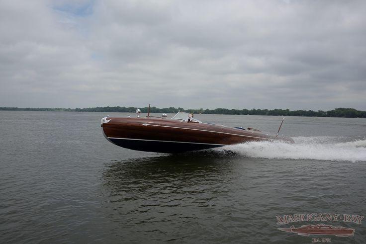 1939 24′ Greavette Streamliner   Classic Wooden Boats for Sale   Vintage Chris Craft   Antique Boats