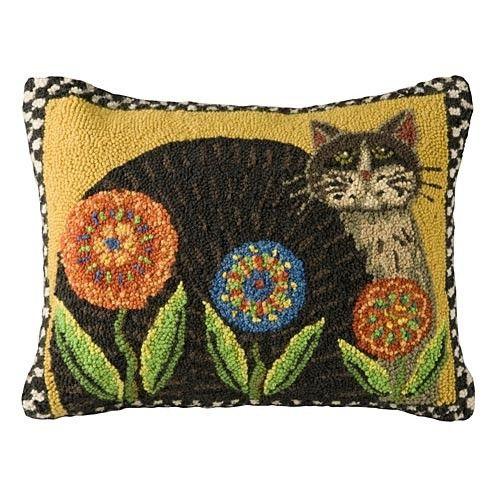 Cat & Penny Flowers Pillow   Sturbridge Yankee Workshop