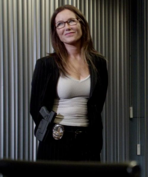 1000 ideas about mary mcdonnell on pinterest major - Diva crime closer ...