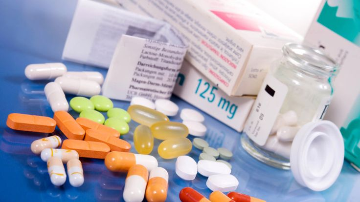 I dottori esortano: Ecco perché le persone sopra i 40 anni devono smettere di assumere farmaci a base di IBUPROFENE