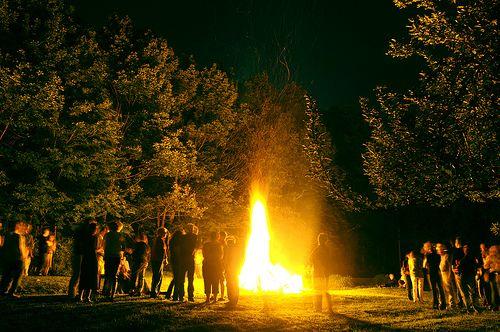 Backyard Bonfire Wedding : Bonfire  Weddings Bonfires, Bonfires Party, Blaze Bonfires