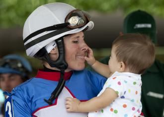 Homeister finds balance as mom and rider | Daily Racing Form
