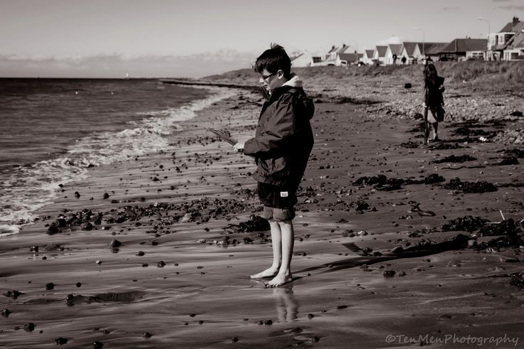 https://flic.kr/p/GFoiEY | Seaside contemplations | A little break from the lochs and mountains :)   www.tenmenphotography.com     or please 'Like' my facebook page at www.facebook.com/tenmenphotography (happy to return the favour if requested)     Also now on twitter @tenmenphoto