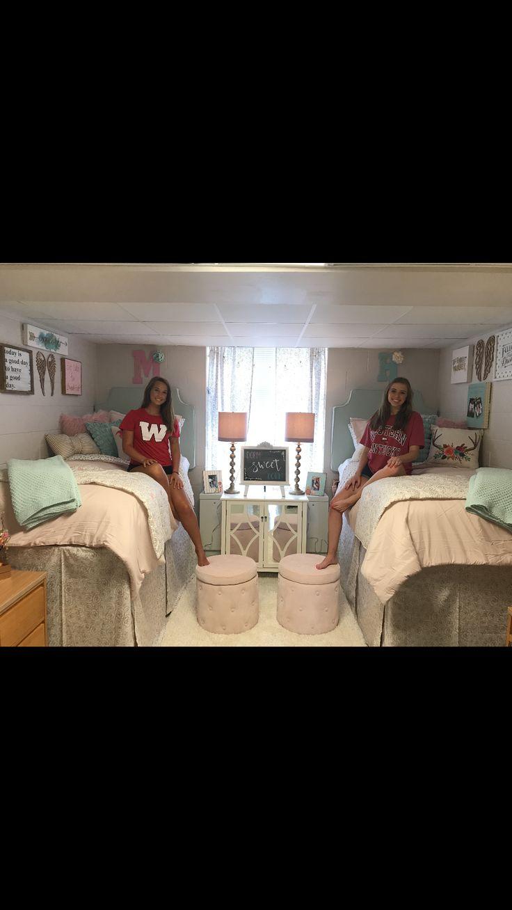 Dorm Room Makeover At Wku Dorm Dormroom Dorm Room