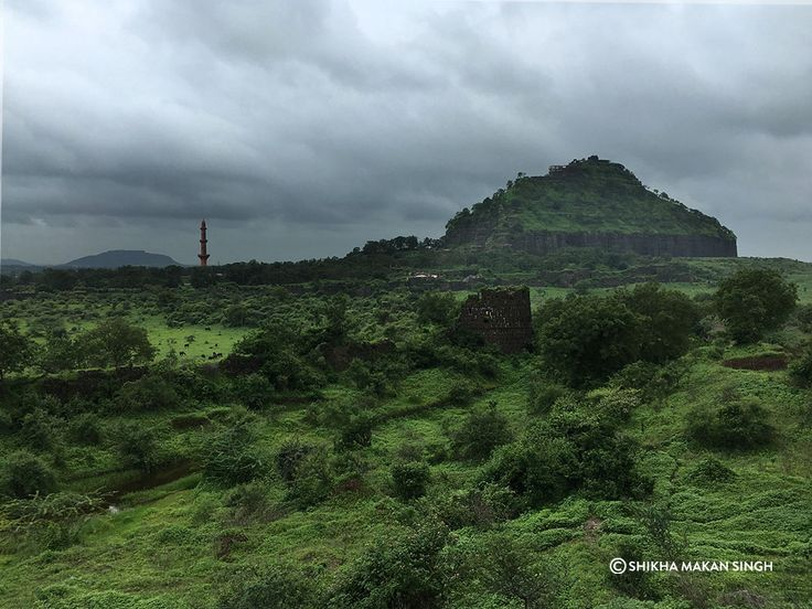 Daulatabad Fort on the Devgiri Hill near Aurangabad, Maharashtra, India. in 1327 AD, Muhammad Bin Tughlaq infamously forced changed his capital from Delhi to Daulatabad, an effort which failed and he had to shift the capital back to Delhi.  #history #architecture #india #mughal