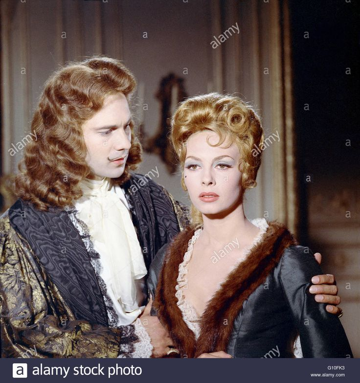 Download this stock image: ANGELIQUE ET LE ROY  1965  DIRECTED BY BERNARD BORDERIE Michèle Mercier Jacques Toja Collection Christophel / RnB © Spéva Films / Ciné-Alliance / Hesperia Films S.A. - G10FK3 from Alamy's library of millions of high resolution stock photos, illustrations and vectors.