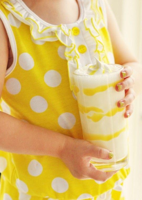 Lemon meringue milkshake