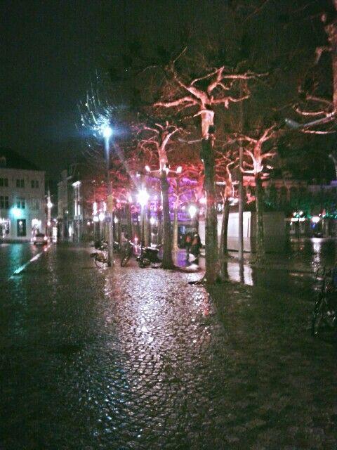 Maastricht Vrijthof bij regen