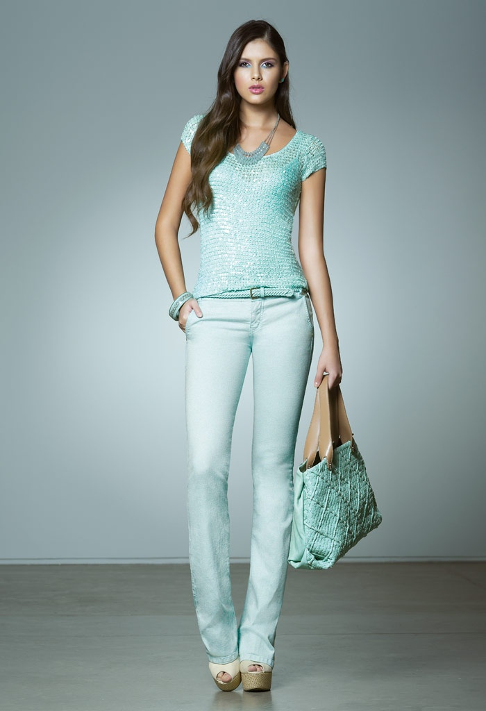 fabulous outfit in sweet turquoise...