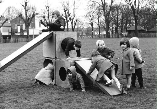 things-you-did-growing-up-1960s-horrify-you-now.jpg (500×349)