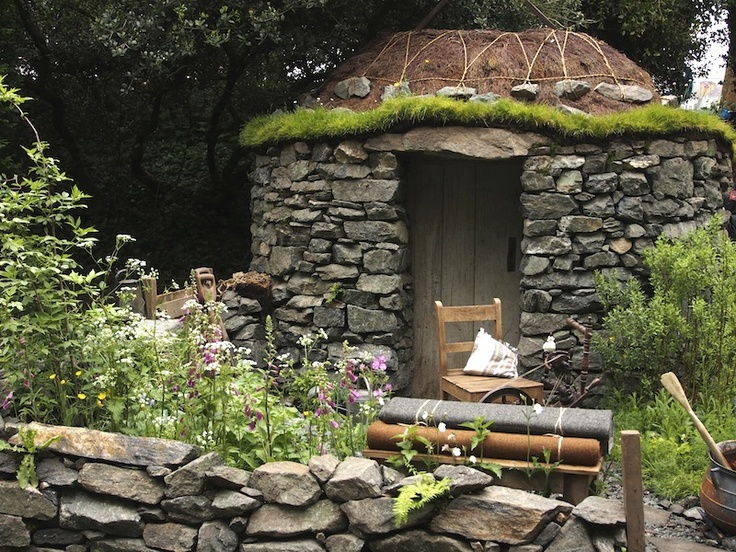 Artisans gardens chelsea 2013 gardendrum motor neurone for Garden designs by jacqueline