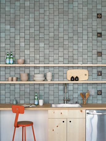 Installation Inspiration - Heath Ceramics 4x4 Layered Glaze tiles (Chalk-Gunmetal), with 4x4 Eames House Number tiles (Museum Black) as an accent. Photo: Jeffery Cross