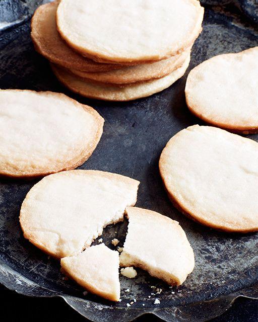 Icelandic Silver Coin Cookies - Spesiur Cookies - http://www.sweetpaulmag.com/food/icelandic-silver-coin-cookies-spesiur-cookies #sweetpaul