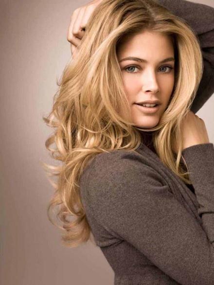 Lang blond haar - Doutzen Kroes