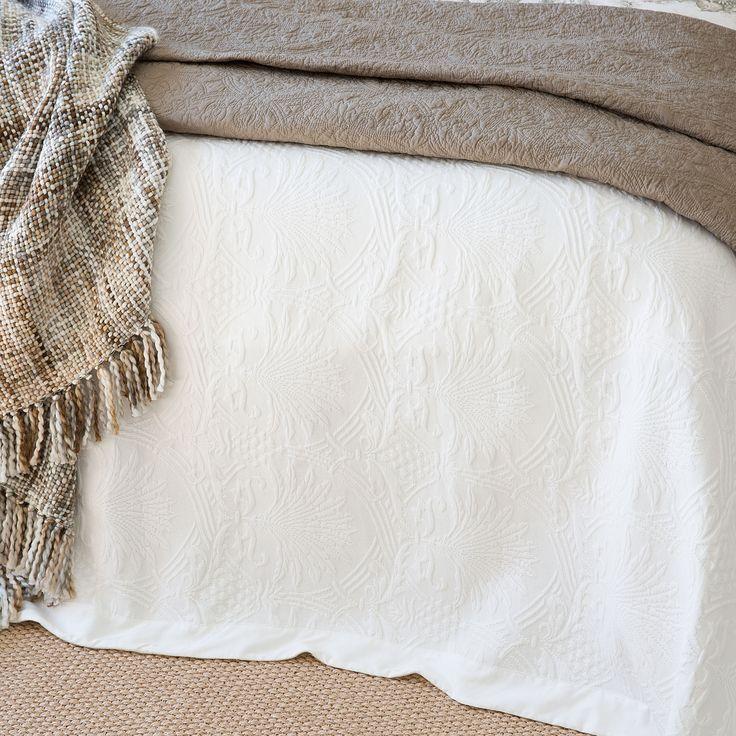 Colcha y funda de coj n borde contraste colchas cama - Cojines cama zara home ...