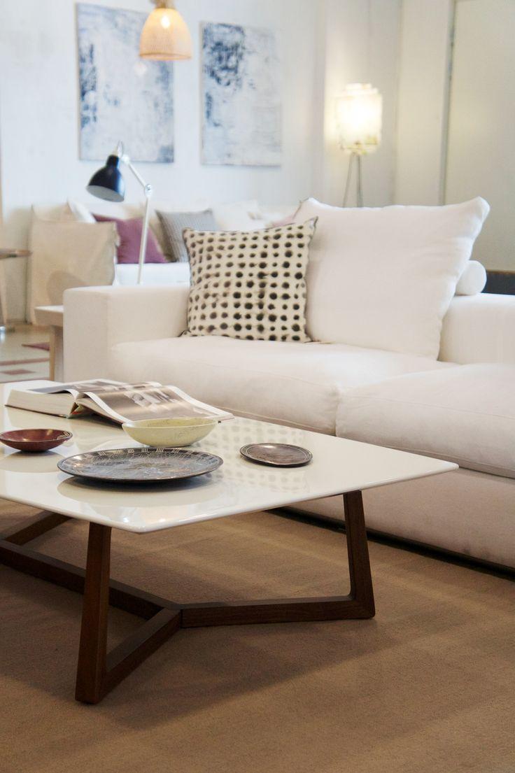 Quality over quantity . . .  #casuarina #casuarinastore #casuarinacollection #flexform #homedecor #homedecoration #decoration #interiordesign #interior #interiors #home #homedesign #homestyle