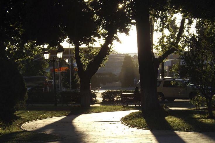 ATARDECER.  Plaza Parral.