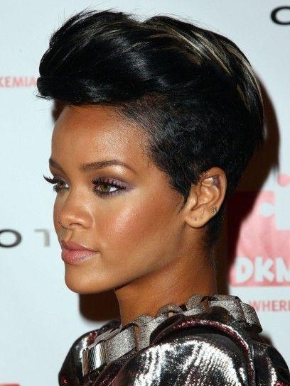 capelli corti Rihanna