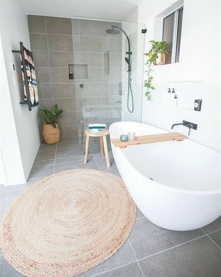 Salle de bains / Salle de douche / Bathroom / Shower #BathroomShower