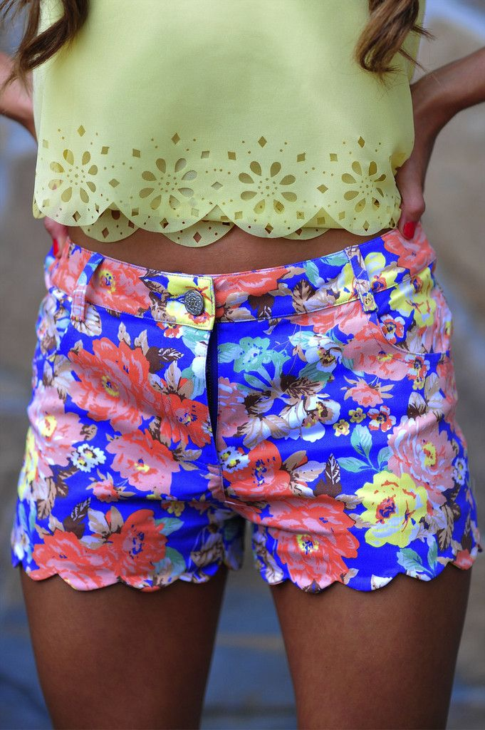 #scalloped eyelet  #floral scallop shorts. #summer