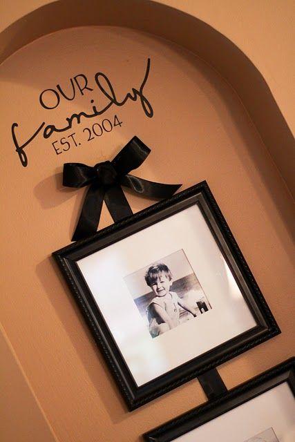 cute wall idea: Families Pictures, Vinyls Letters, Cute Ideas, Families Photos, Wall Letters, Great Ideas, Pictures Frames, Wall Ideas, Vinyls Wall Art