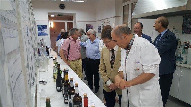 La Región presenta 110 muestras de Jumilla, Bullas y Yecla al proyecto nacional 'huella dactilar' del vino