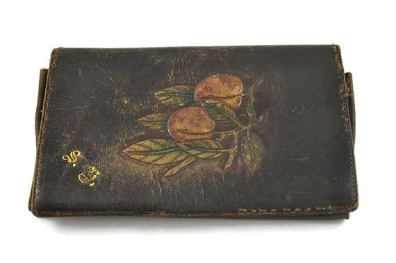 200 kr. 1930's Art Deco Ladies Bi-fold Wallet by istoriya on Etsy