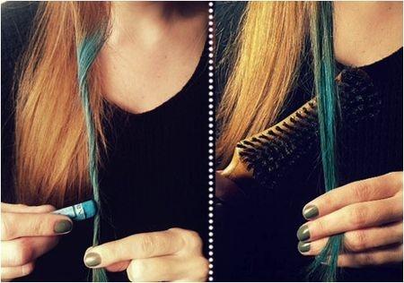 Je haar kleuren met krijt