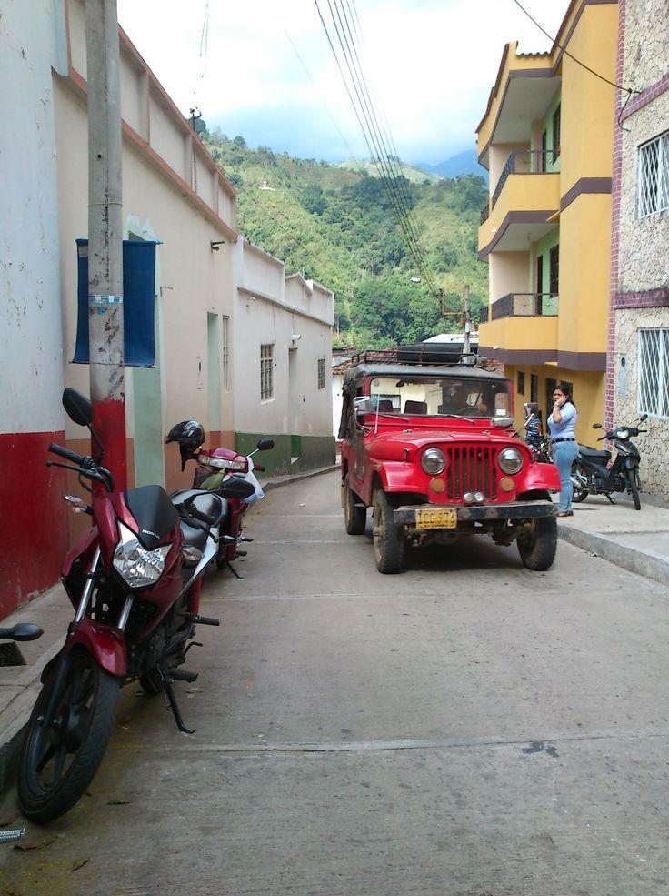 Los medios de transporte en un pueblo de gran lucha y berraquera, Rionegro, Santander.