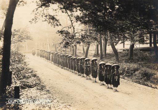 OLD PHOTOS of JAPAN: 仏教の僧侶 1930年代の京都