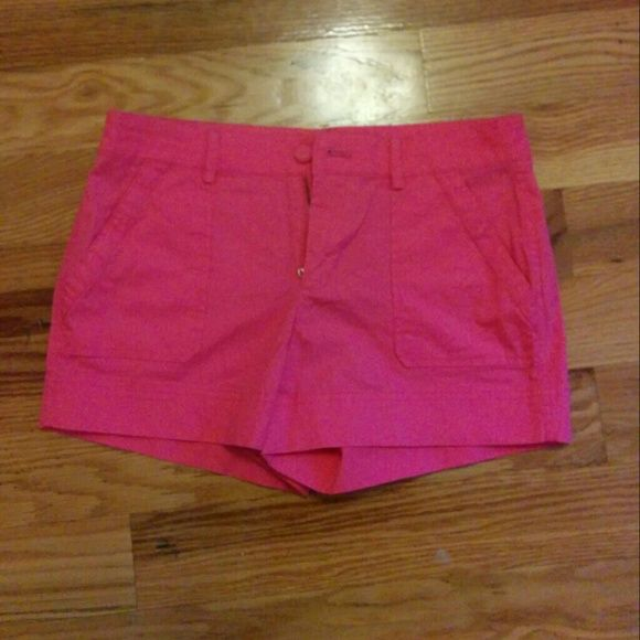 NWT Robbi & Nikki pink shorts I have never worn these and they still have the tags on. Hot pink shorts in perfect condition and tags include extra button. Robbi & Nikki Shorts