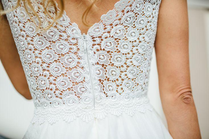 Brautkleid klassisch Fotos: Manuela Richter Brautkleid: Qaragma Blumen: Kopflegenden Haare & Make-Up: Gleam Blush Model: Eve