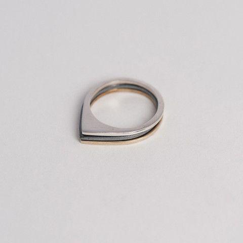Triade Ring / Bague Triade – PAUZE Atelier www.pauzeatelier.com