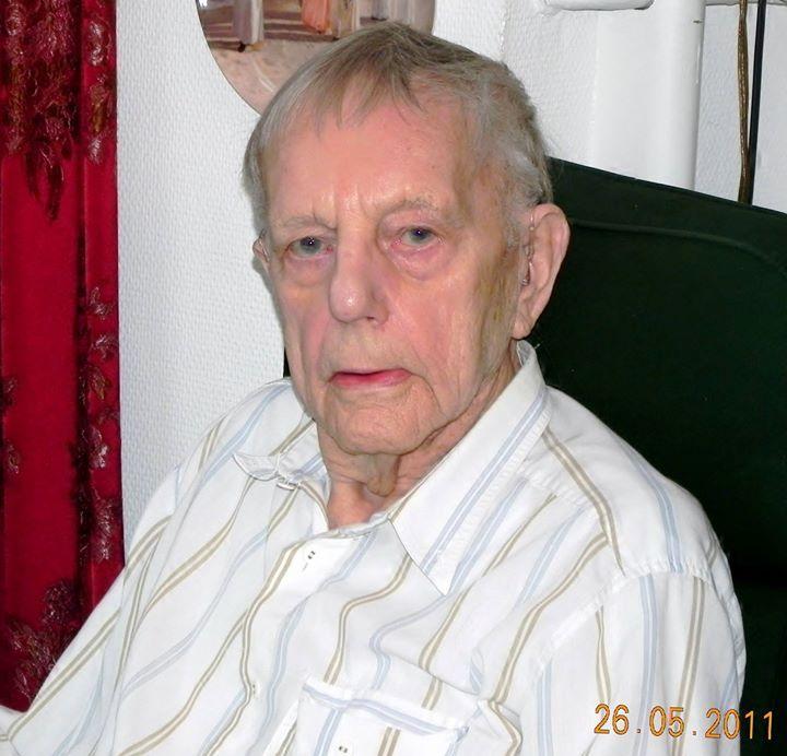 I dag 26/5-2017 ville min far Kristian Jensen være blevet 100 år men han døde 10/7-2011. Billedet nedenfor er et af de sidste jeg fik taget. Det er taget på hans 94 års fødselsdag i 2011. Få uger inden fejrede mine forældre 65 års bryllupsdag.