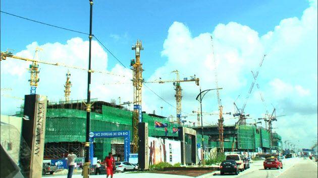 急ピッチで進む中国の開発(ジョホールバル) ▼26Jul2015日本経済新聞|ジョホールバル 空白の大地はフロンティアの匂い http://www.nikkei.com/article/DGXMZO89639090T20C15A7000000/ #Johor_Bahru
