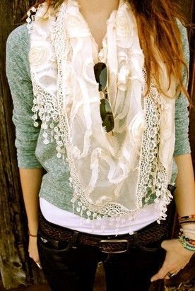 This scarf.. <3: Dreams Closet, Style, Dresses Up, Color, Cozy Outfits, Cute Scarfs, Fall Outfits, Casual Outfits, Lace Scarfs
