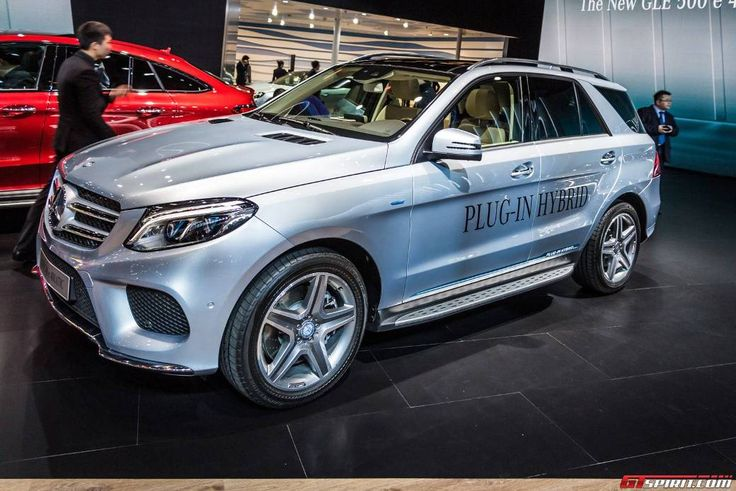 #Mercedes #Benz #GLE 500e Plug-In During Its Unveiling http://www.benzinsider.com/2015/04/mercedes-benz-gle-500e-plug-in-unveiled/