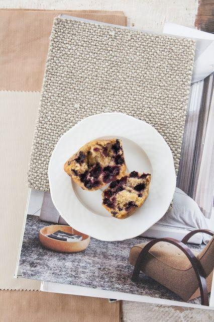 Muffin con farina di farro e mirtilli / Spelt flour & blueberry muffin recipe - Breakfast at Tiffany's
