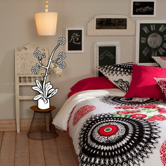 Desigual Living Collection llena de color la casa | Etxekodeco
