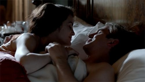Matthew and Mary enjoy a morning cuddle on Downton Abbey Season 3 Episode 2