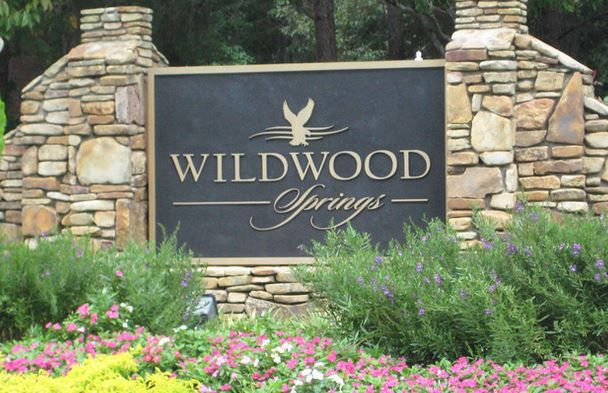 Wildwood Springs is a neighborhood of homes built from 1982 to 2000. This is a large community of homes located in the City of Roswell between Mountain Park and Old Mountain Park Rd, just North of Woodstock Rd.