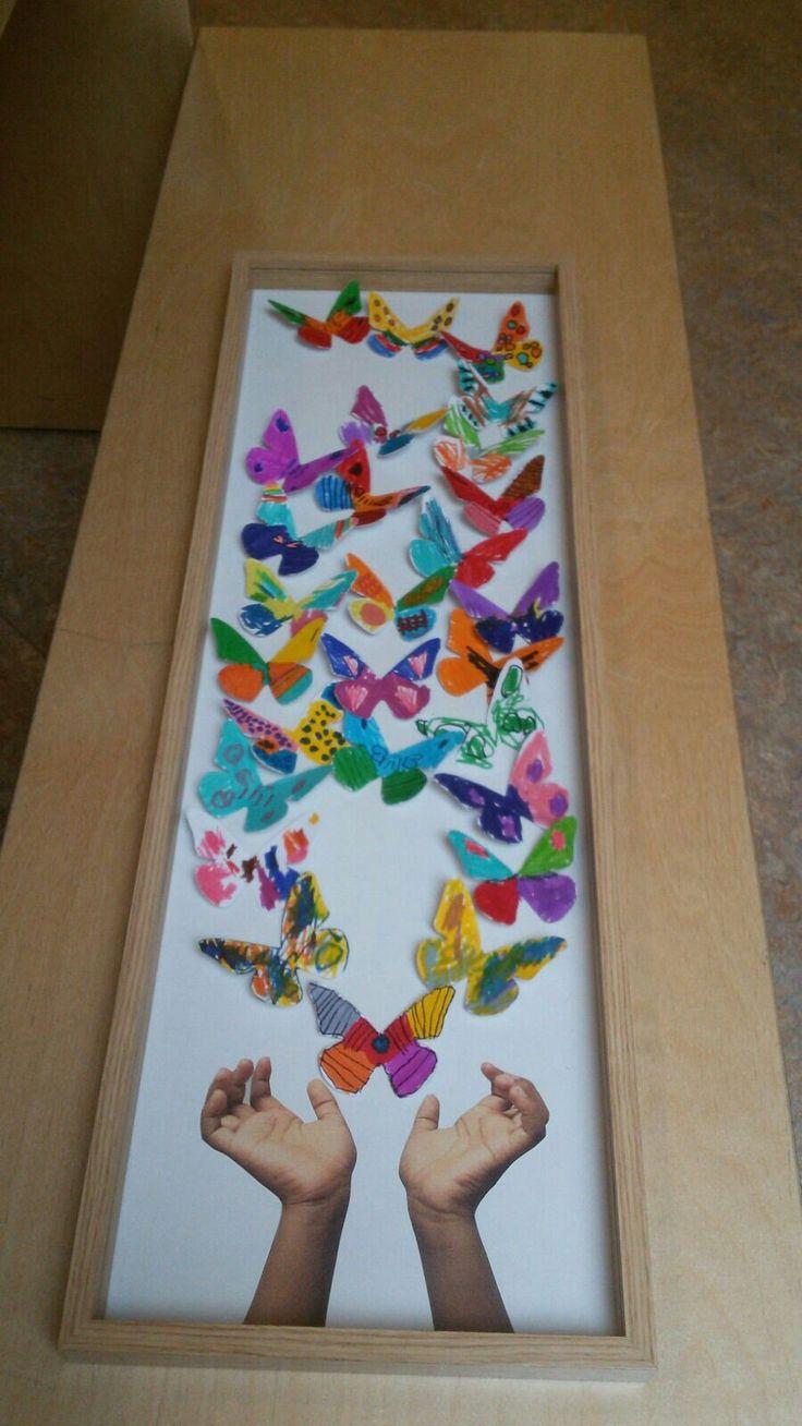 troostcadeau met vlinders.  gemaakt door groep 1/2 voor een klasgenoot bij overlijden van een ouder