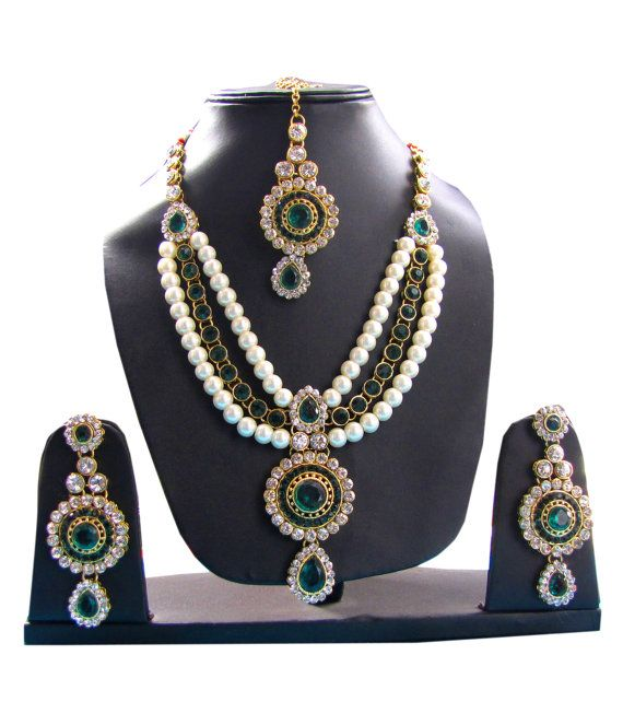 Green Stone #Necklace Set with Earrings and Maang by Shoppingover