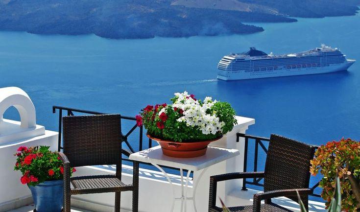Hostelbay.com Travel Blog - Anytime is a good time to travel to Greece.www.hostelbay.com/ferries