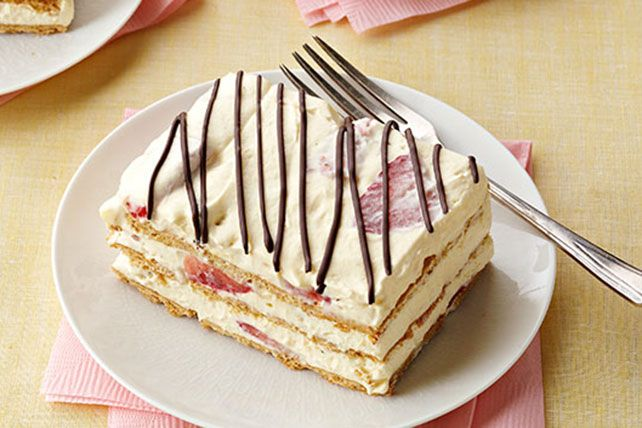 Try our Strawberry Icebox Cake for a taste of summer on a plate! This sweet Strawberry Icebox Cake is easy to make with instant pudding and…