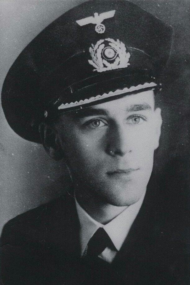 """Leutnant zur See (Ing.) Heinz Krey (1921-1943), Leitender Ingenieur auf Unterseeboote """"U 752"""", Ritterkreuz 04.09.1943"""