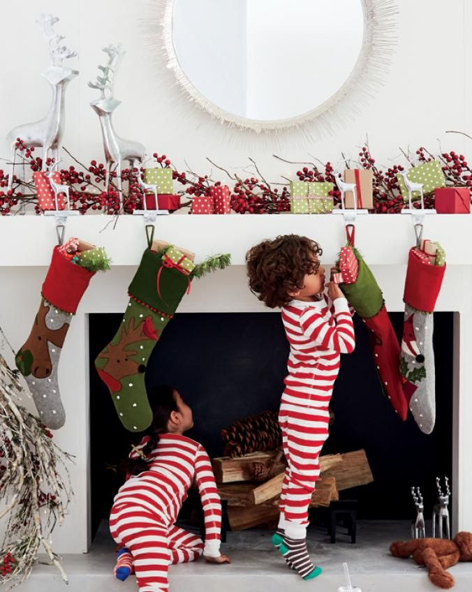 Christmas Crate And Barrel.Christmas Decorations For Home And Tree Crate And Barrel