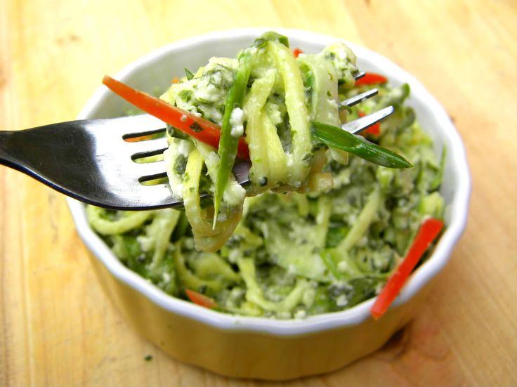 addicted to veggies: creamy pesto zucchini pasta & asparagus ribbons
